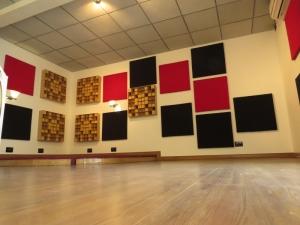 Espuma para isolamento decorativa - Acusterm isolamentos termicos e acusticos aplicacao em estudio