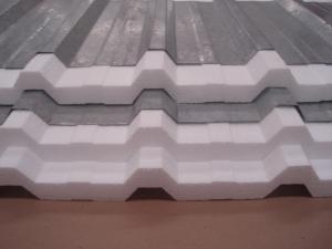 Isopor em placas para isolamento - Acusterm isolamentos termicos e acusticos - Aplicação com zinco